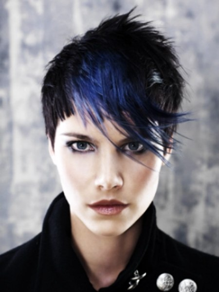 Chopyy Gamine Hair Style With Blue Color In The Fringe And