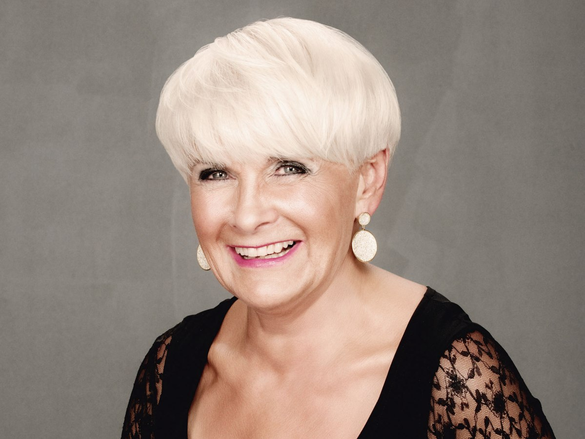 Short Sassy Practical And Wearable Hairstyle For Older Women
