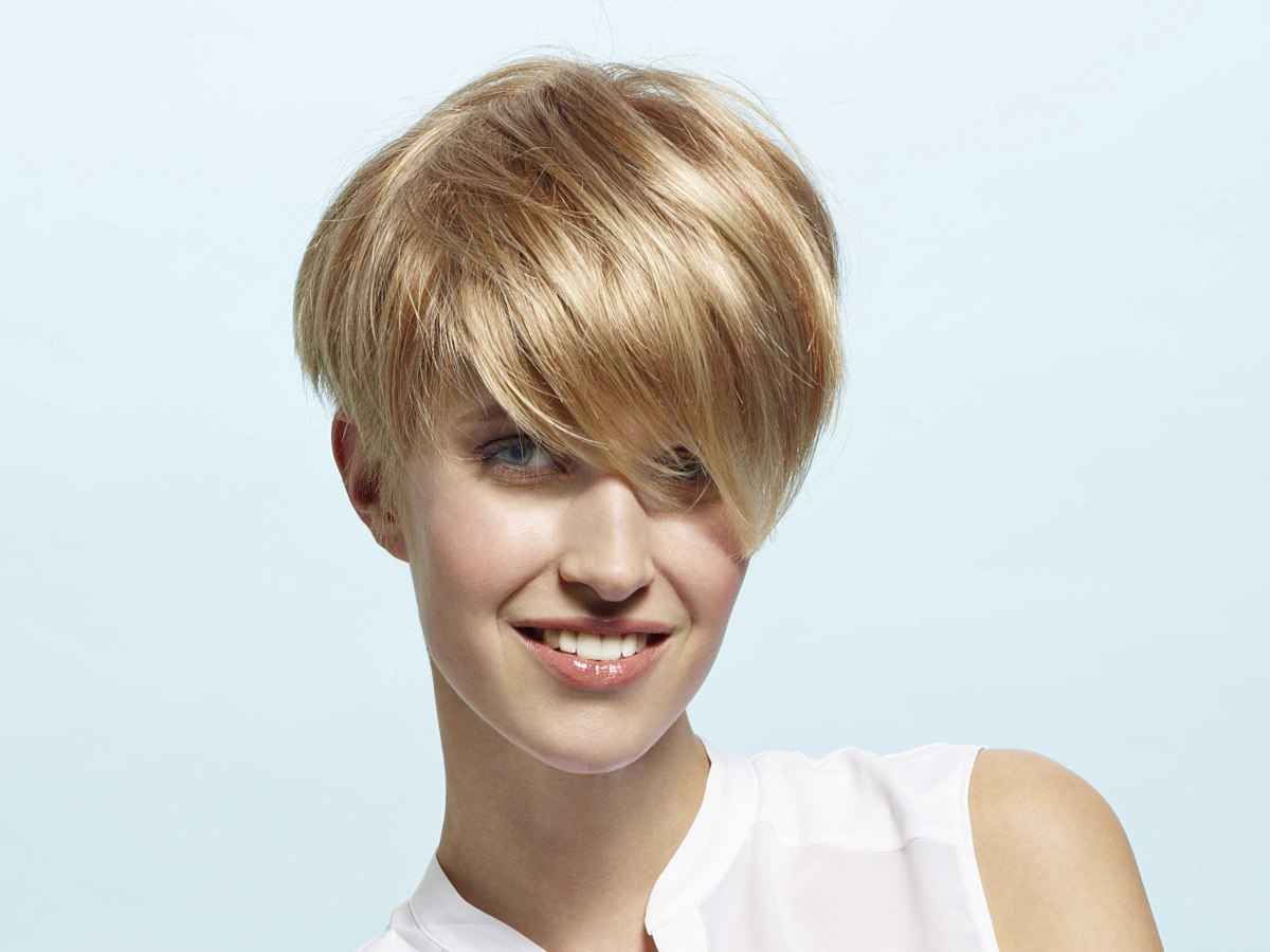 Short Round Hairstyle That Barely Reaches The Ears, With