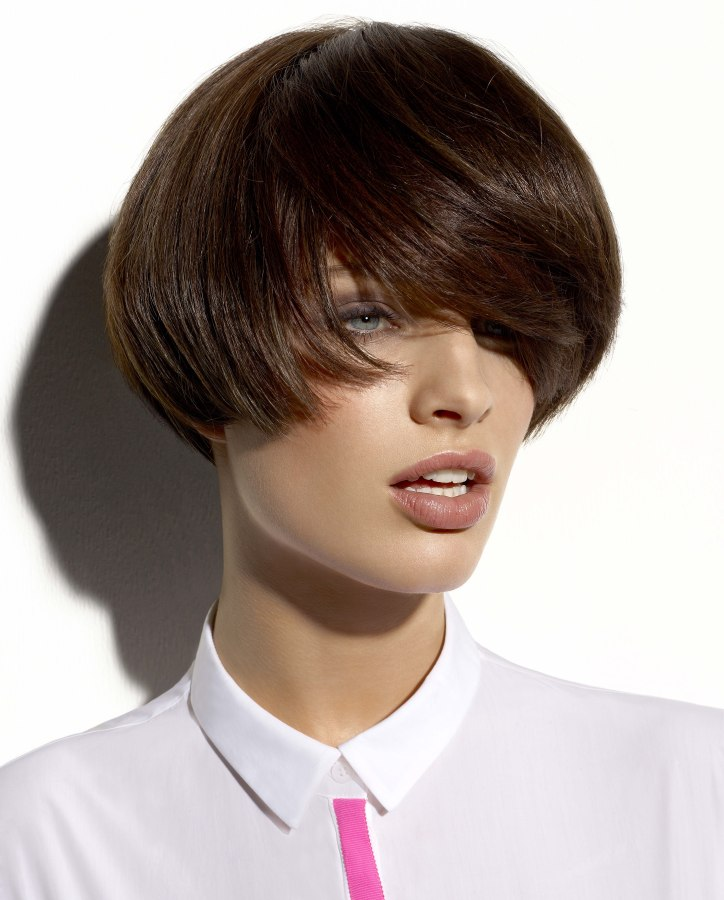 Awesome Wearable Short Fashion Hairstyle With A Fascinating Fringe Bowl Hairstyle Inspiration Daily Dogsangcom
