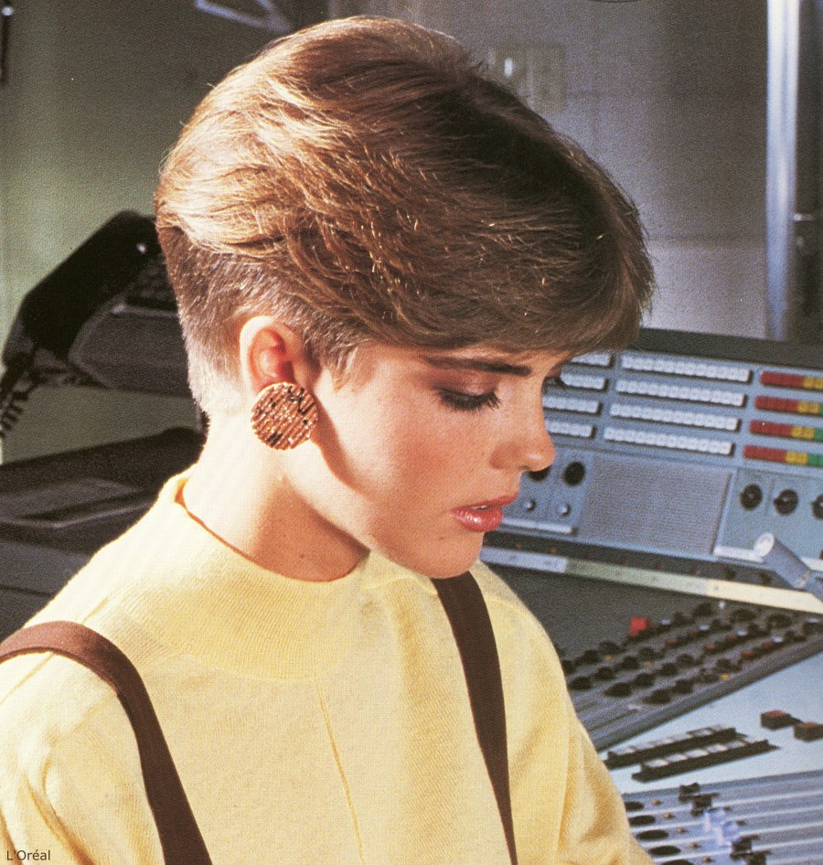 Short 1980s Ladies Haircut With A Clippered Nape