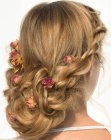 hairdo with roses