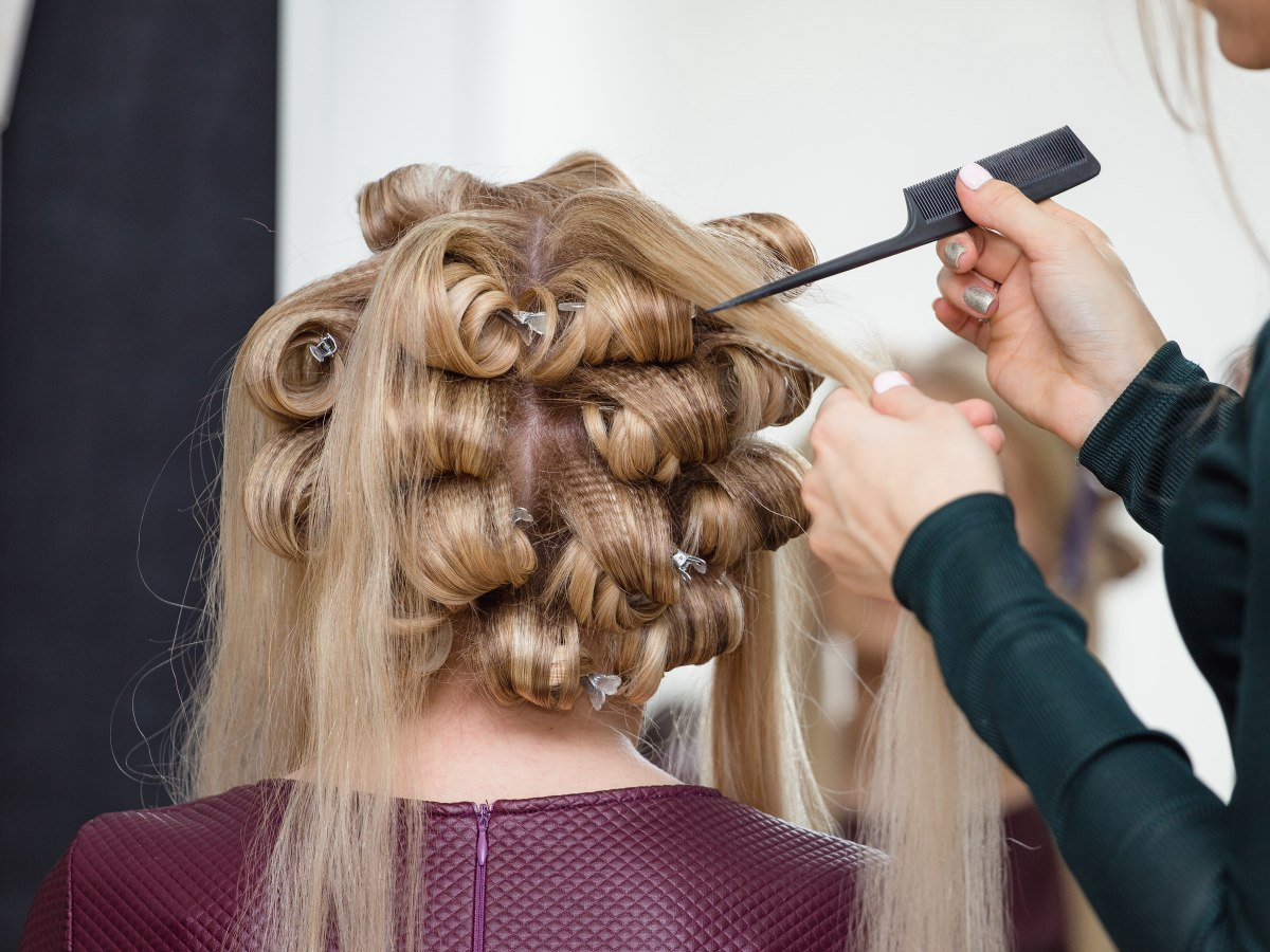 Techniques And How To For Updos Or Hair Upstyles