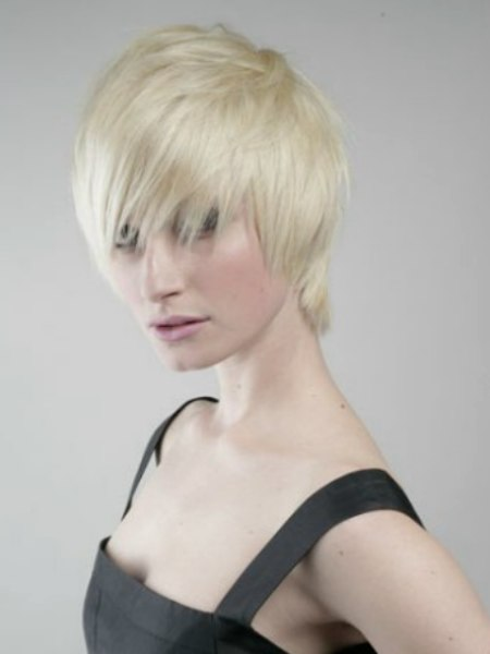 short fresh hairstyle. Carrie Parker and Sarah Francon are feeling on top of