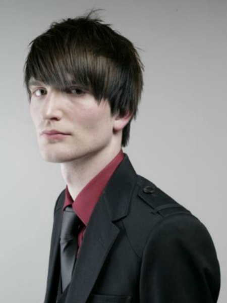 Low Maintenance Slick Hairstyle For Gents For A Sharp Look