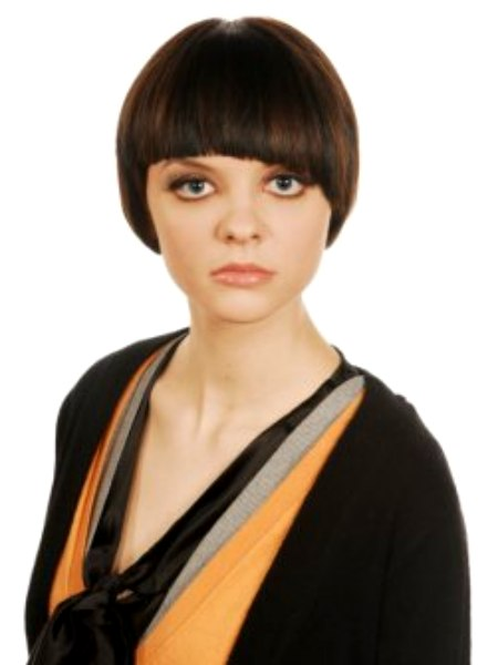 Page Boy Hairstyle Reminiscent Of The Sixties Icon Twiggy