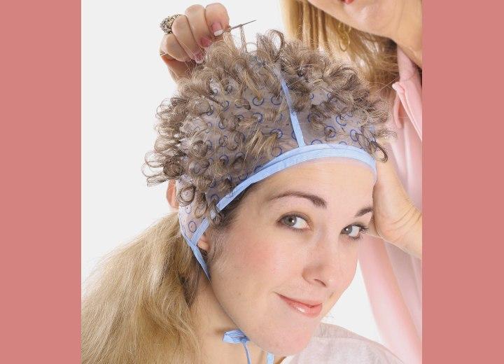 Как сделать шапочка для мелирования своими руками