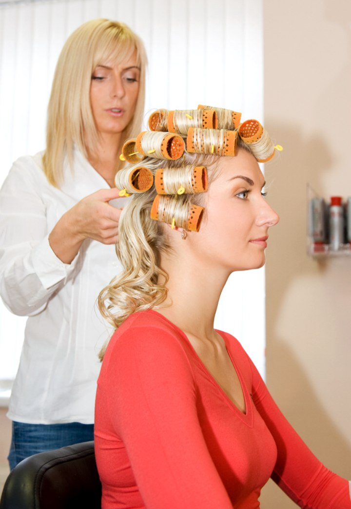 Find A New Hair Salon And What To Wary Of When You Observe A Salon