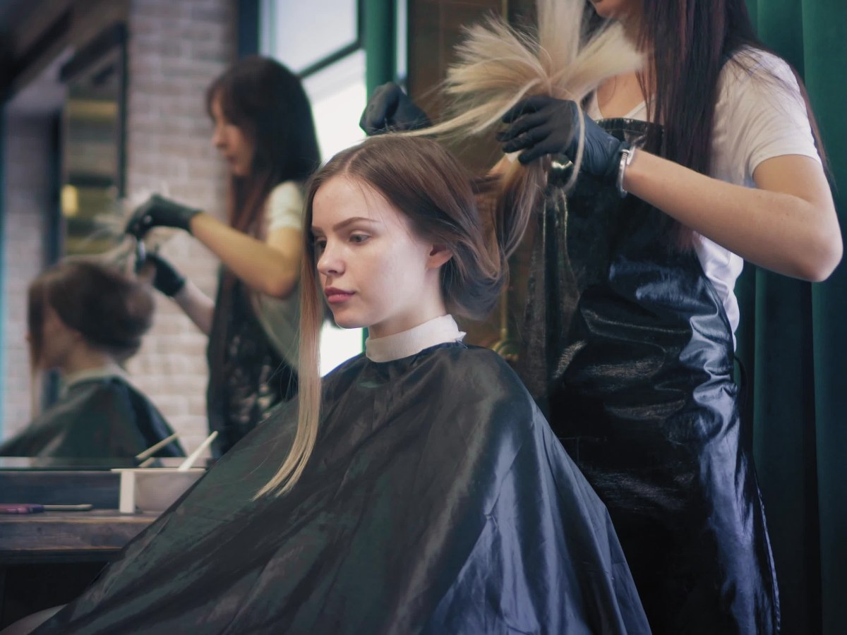 Hair salon wear, haircutting capes, aprons and jackets